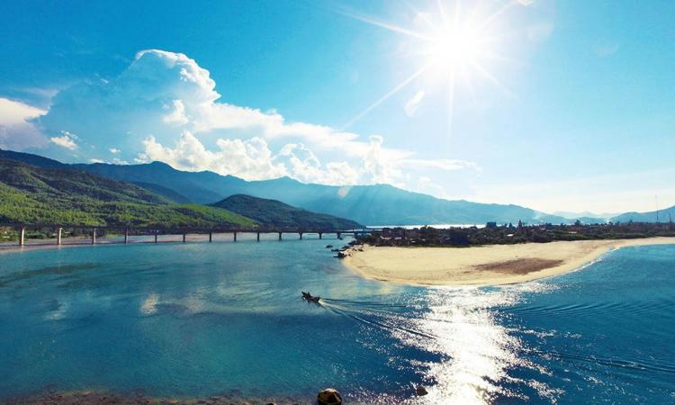 Phượt Đà Nẵng - du lịch bụi