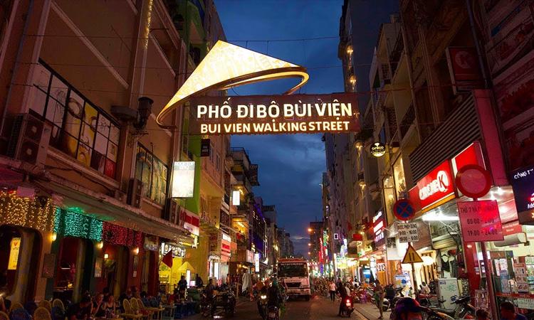 Sài Gòn có gì - bùi viện