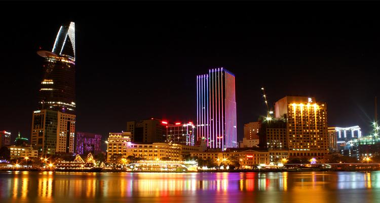 Sài Gòn về đêm - toàn cảnh