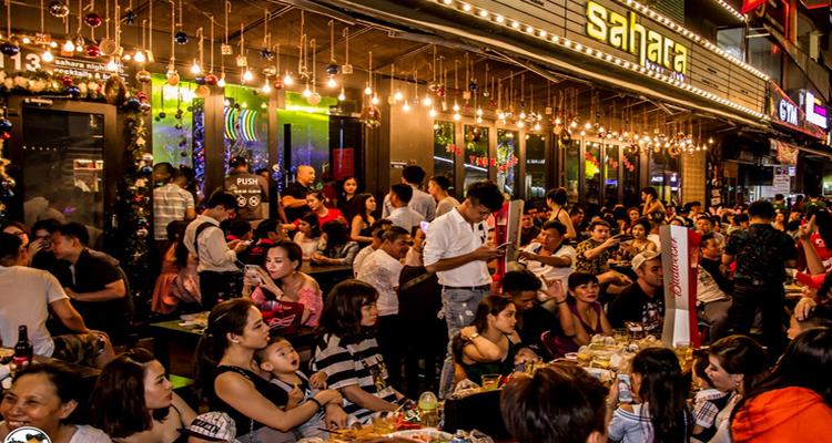 Sài Gòn về đêm - phố Tây