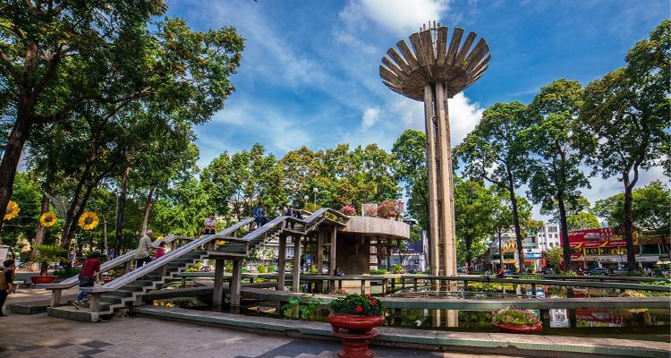 Sài Gòn về đêm - Hồ Con Rùa