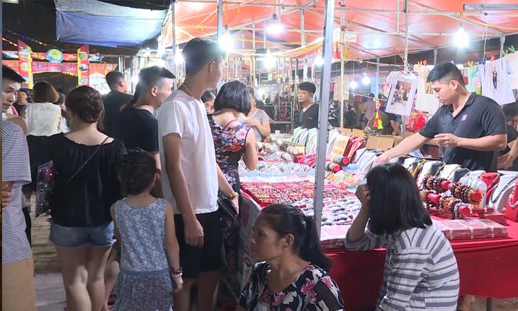 Sầm Sơn - chợ đêm