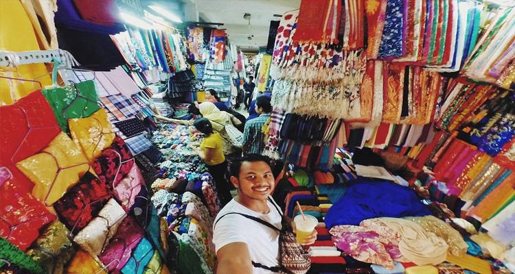 tham quan chợ Bến Thành