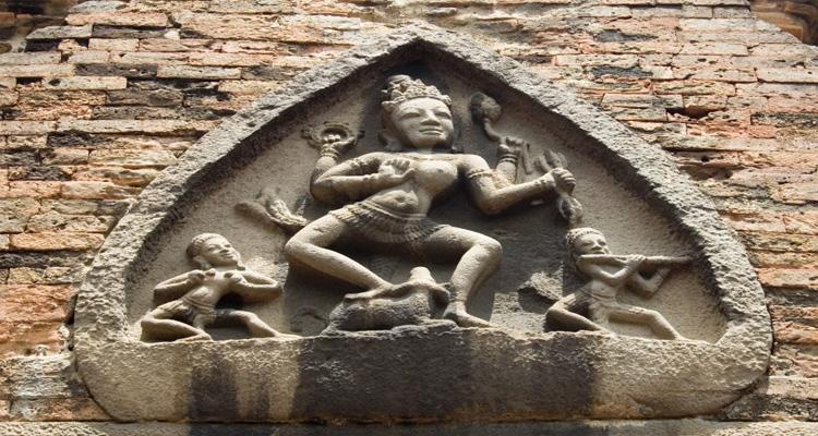 Nét kiến trúc độc đáo của Tháp Bà Ponagar