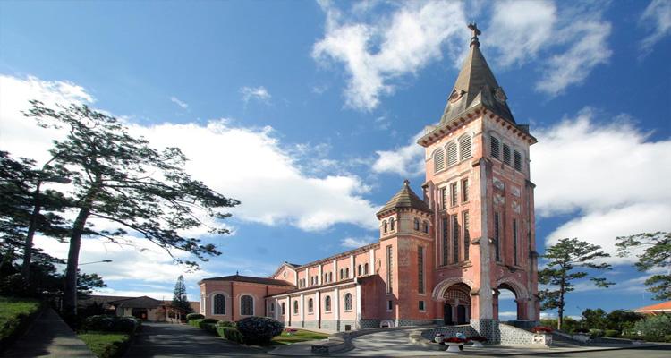 Một số địa điểm du lịch quanhMột số địa điểm du lịch quanh Thung Lũng Tình Yêu