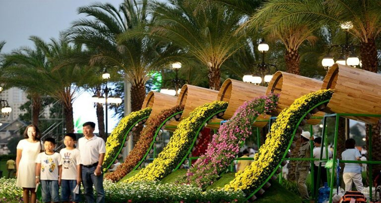 Vinhomes Central Park - thùng hoa