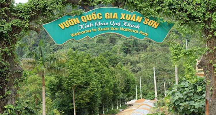 Vườn quốc gia Xuân Sơn cổng vào