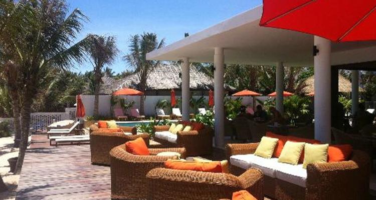 Resort Mũi Né - bể bơi