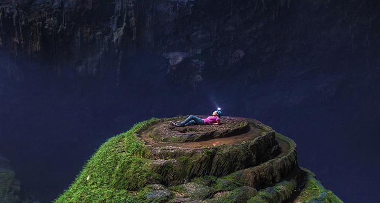 Cảnh đẹp Việt Nam - Hang Sơn Đoòng Quảng Bình