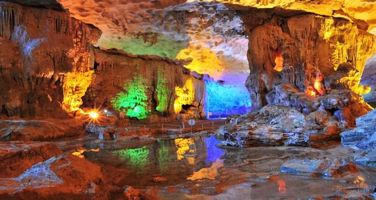 Cảnh đẹp Việt Nam - hang sửng sốt