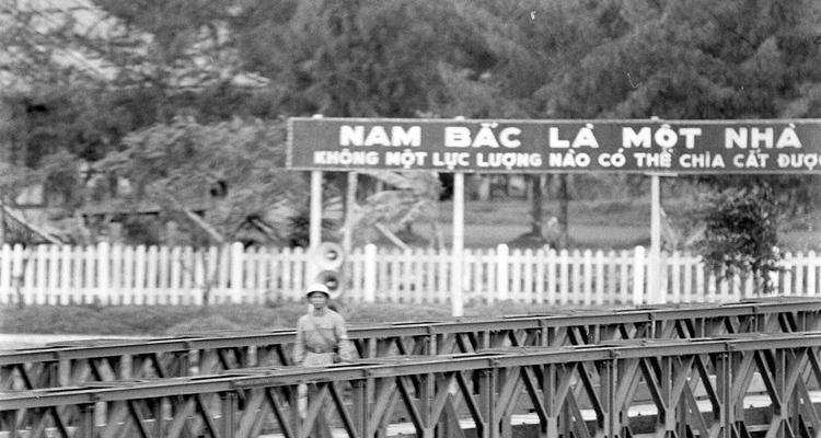 Cầu Hiền Lương 05
