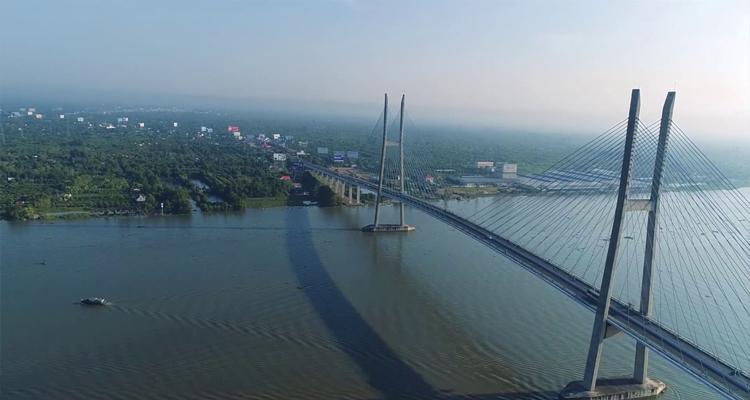 Cầu Mỹ Thuận - tháp cầu