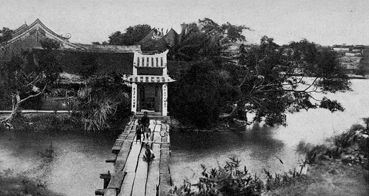 Cầu Thê Húc 02