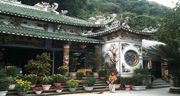 Chùa Linh Ứng Đà Nẵng - kiến trúc độc đáo