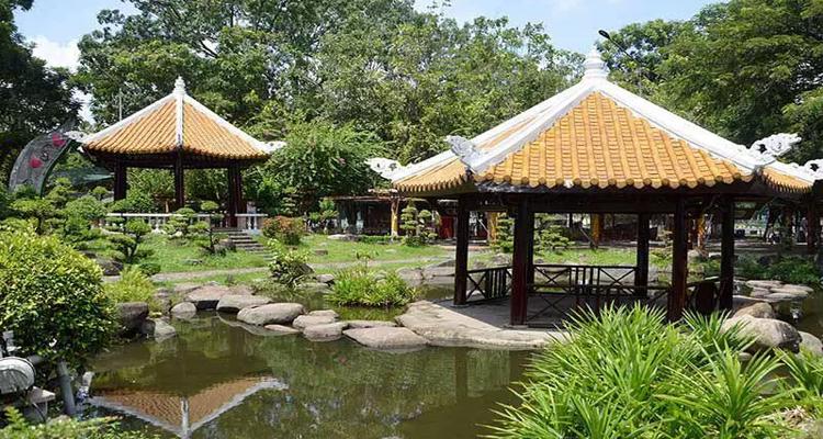 Công viên văn hóa Đầm Sen - vườn nhật