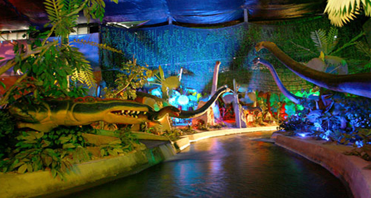 Công viên văn hóa Đầm Sen - khủng long