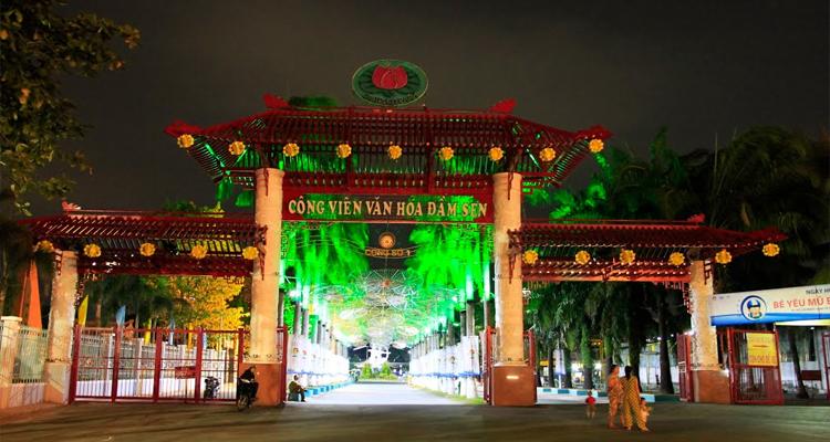 Công viên văn hóa Đầm Sen - cửa 1