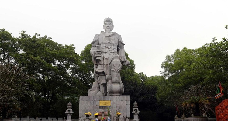 Du lịch Hải Dương - tượng đài