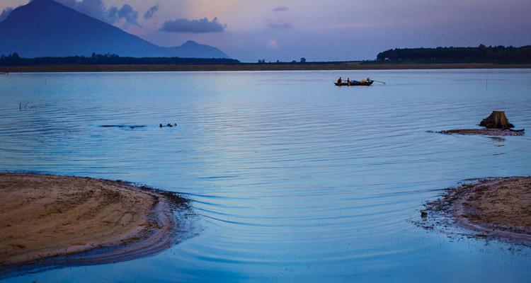 Hồ Dầu Tiếng 12