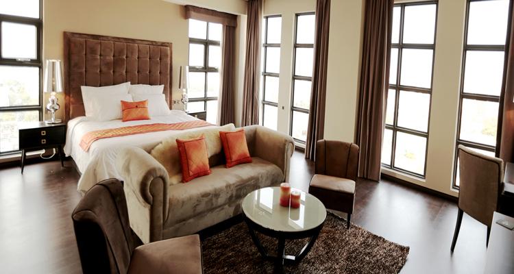 Khách sạn Đà Nẵng - Sanouva Danang Hotel