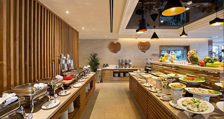 Khách sạn Đà Nẵng -Phòng ngủ ở Sanouva Danang Hotel