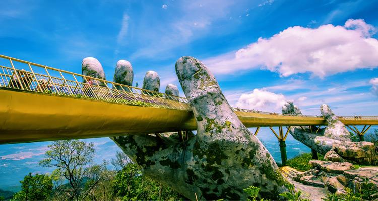 Tham quan Cầu Vàng Đà Nẵng 9